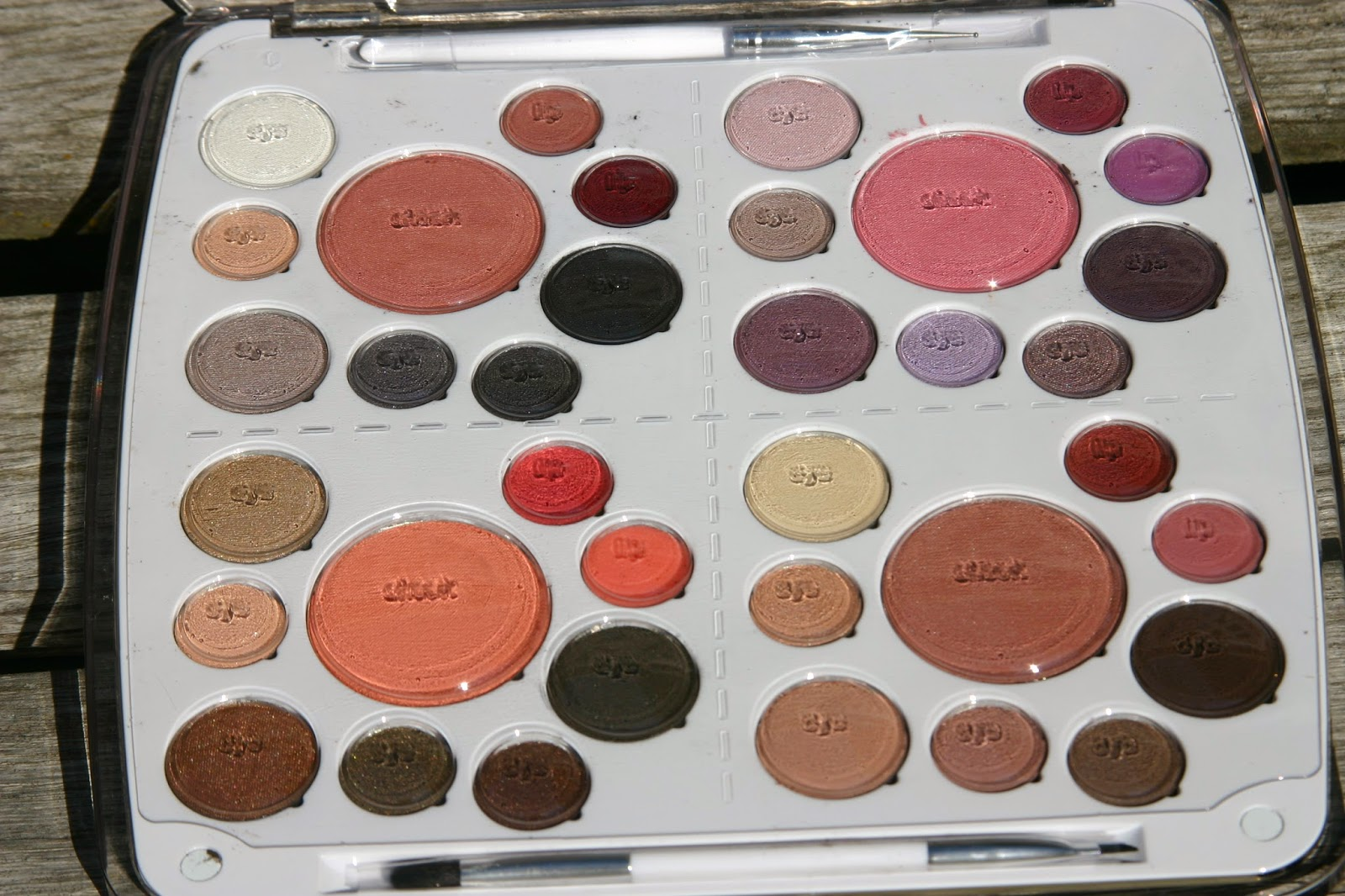 spoiled boxes em cosmetics career life palette career life palette