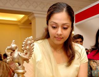 Jyothika Saravanan images