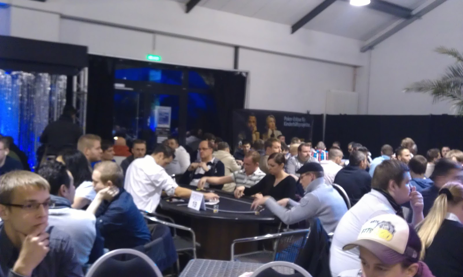 "German Poker Days Charity Event in Bremen - Anfang November hieß es ""Shuffle up and deal"". Foto: Nico Lindner"