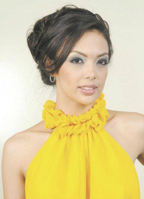 Farah Eslaquit Crowned Miss Nicaragua 2012