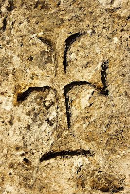 Inscripciones junto al vértice geodésico del Albarracin