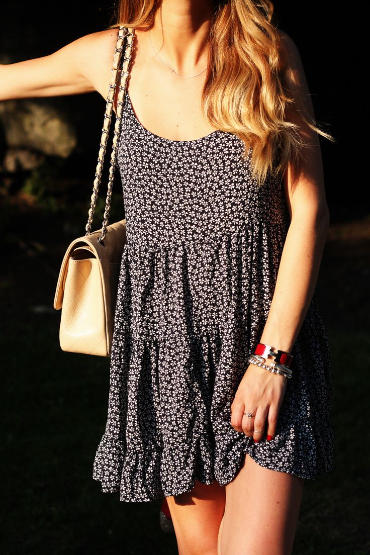 Street Style Summer Floral Loose Boho Dress With Cream Handbag