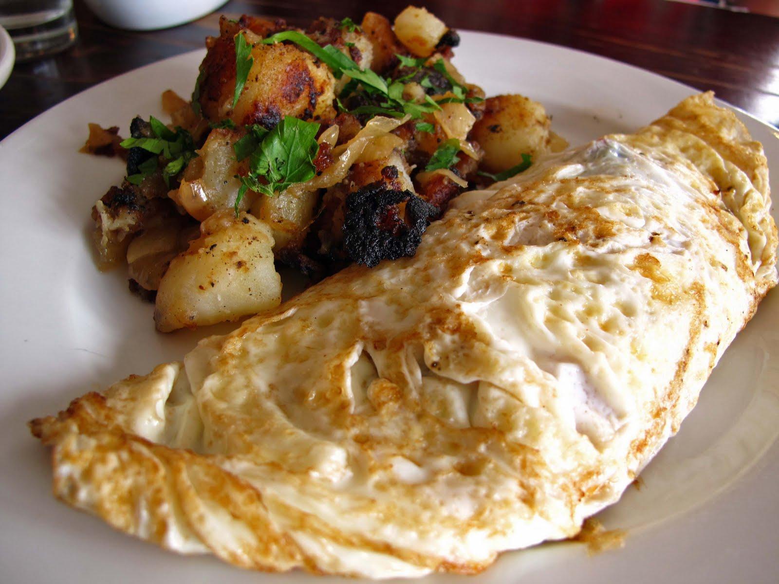 ... mozzarella to yesterday's egg white omelette with ricotta, basil