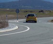 Conducir en rotondas o glorietas