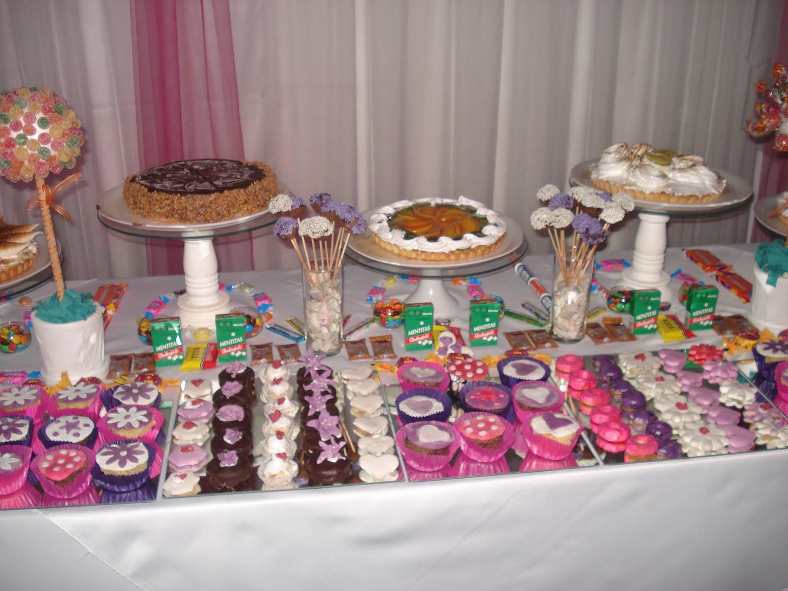 Maria bombones noviembre 2011 for Mesa de dulces para 15