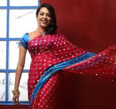 Radhika-Hot-Malayalam-Actress-1