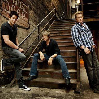 Rascal Flatts – A Little Home Lyrics | Letras | Lirik | Tekst | Text | Testo | Paroles - Source: musicjuzz.blogspot.com