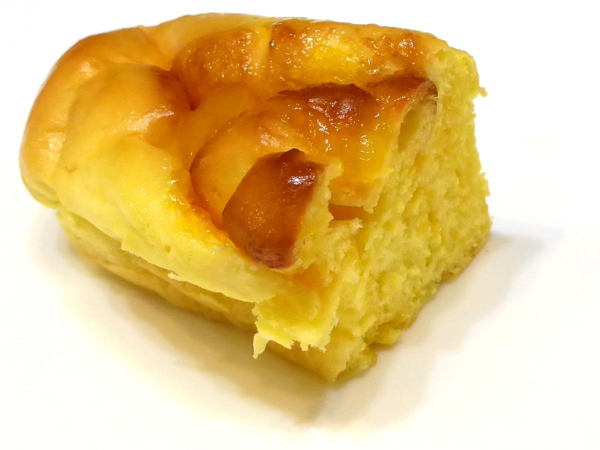 スイートマンゴー(Sweet Mango Roll) | VIE DE FRANCE(ヴィ・ド・フランス)