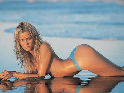 Julieta Prandi bikini