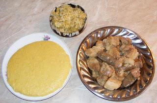 fripturi, friptura de porc la ceaun, carne prajita la ceaun, tochitura, pomana porcului, preparate de craciun, preparate de porc, retete de porc, retete de craciun, retete culinare, friptura de porc, carnati prajiti, mancaruri cu carne, mancaruri cu carne, mancaruri traditionale romanesti, retete traditionale romanesti, meniu de revelion si craciun, un fel de mancare, porc la ceaun, carne de porc fripta la ceaun,