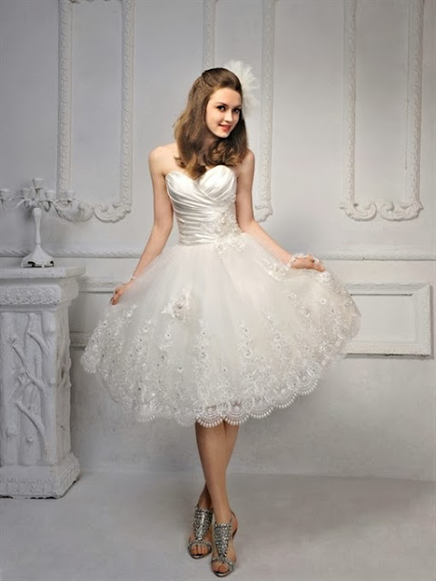 chọn váy cưới cho cô dâu nấm lùn váy cưới ngắn