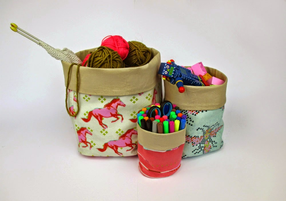 http://www.straight-grain.com/2014/08/matryoshka-bins-free-patterns.html