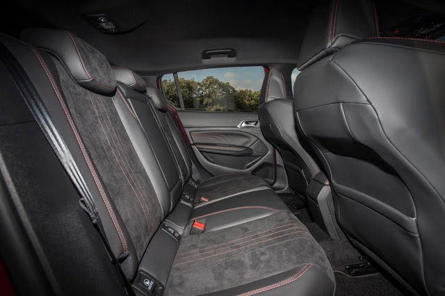 New Peugeot 308 GTi Interior