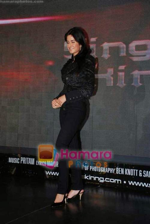 Katrina Kaif at Singh is Kinng press meet in Taj president