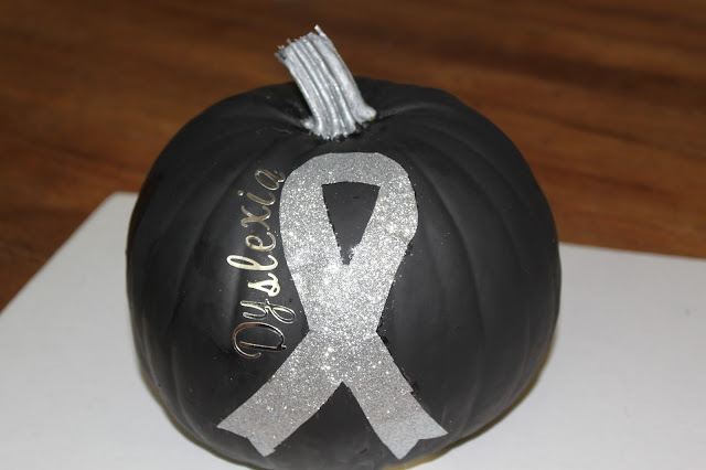 cat hair & glitter Dyslexia Awareness pumpkin