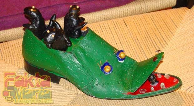 7 Desain Sepatu Unik Dan Aneh