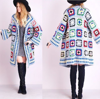 Rainbow Outlines Granny Square – Free Crochet Pattern