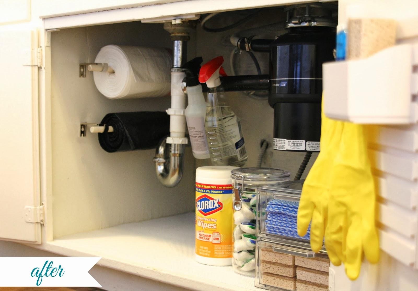 DIY Under Kitchen Sink Trash Bag Holder
