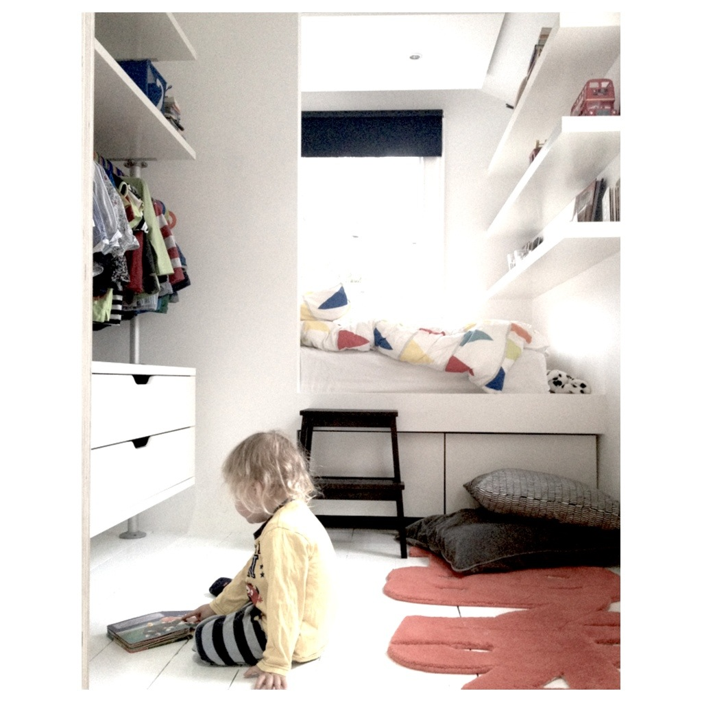 Mesy Design Small Room Big Bed Little Boy