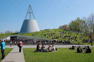 Perpustakaan Universitas Delft, Belanda