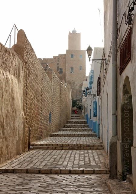 башня Халифа крепости Касба