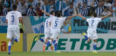 Paysandu vence o Botafogo no Engenhão e encosta no G-4