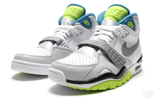 NIKE AIR TRAINER SC II QUICK STRIKE (2011). Can t help buying BO