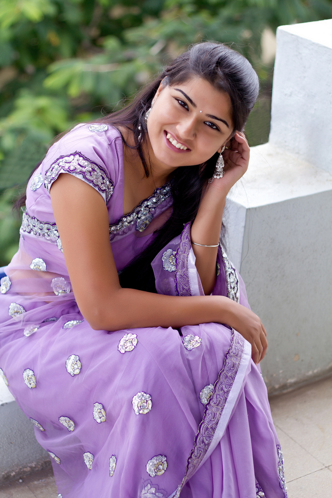 Ways to Make Appearance Remains Pretty At the Age of 40 Years by Indian Desi Girl