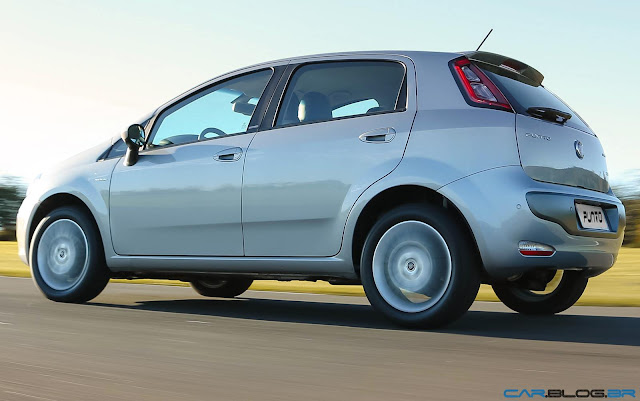 Fiat Punto Essence 1.6 16V 2013 - lateral