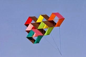 How to make a homemade box kite 4