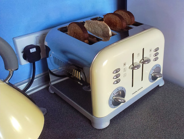 New kettle and toaster
