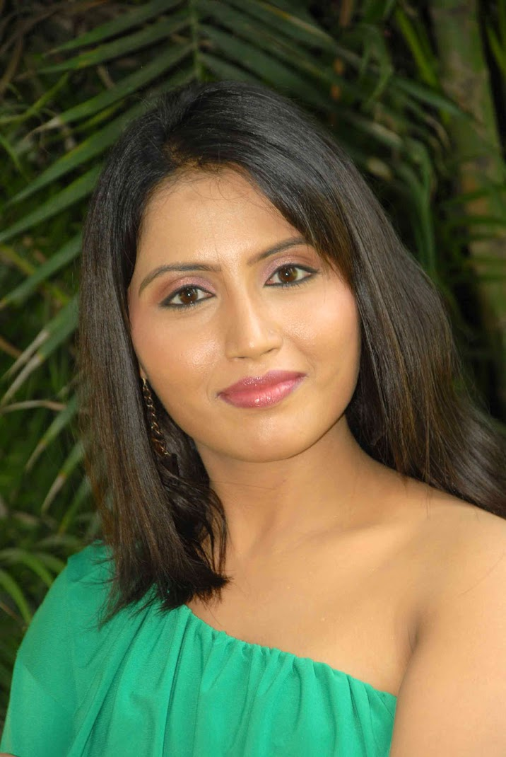 South Actress Bharathi Hot Photoshoot Stills