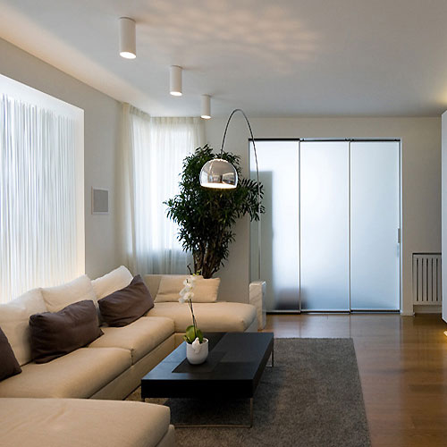 Perfect White Elegant Apartment Interior Design