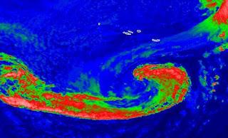 NADINE bei den Azoren ist jetzt jetzt subtropisch - geht es nach Portugal und Spanien, Nadine, Azoren, aktuell, Satellitenbild Satellitenbilder, Vorhersage Forecast Prognose, Europa, September, 2012, Atlantische Hurrikansaison, Hurrikansaison 2012,