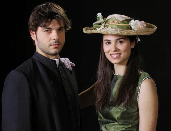 Le trame di Gonzalo e Maria in Spagna.