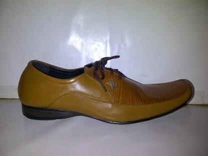 Sepatu Pantofel Vuitton | Sepatu kantor | Sepatu Formal | Sepatu Kerja