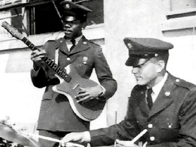 jimi hendrix in army - 1961