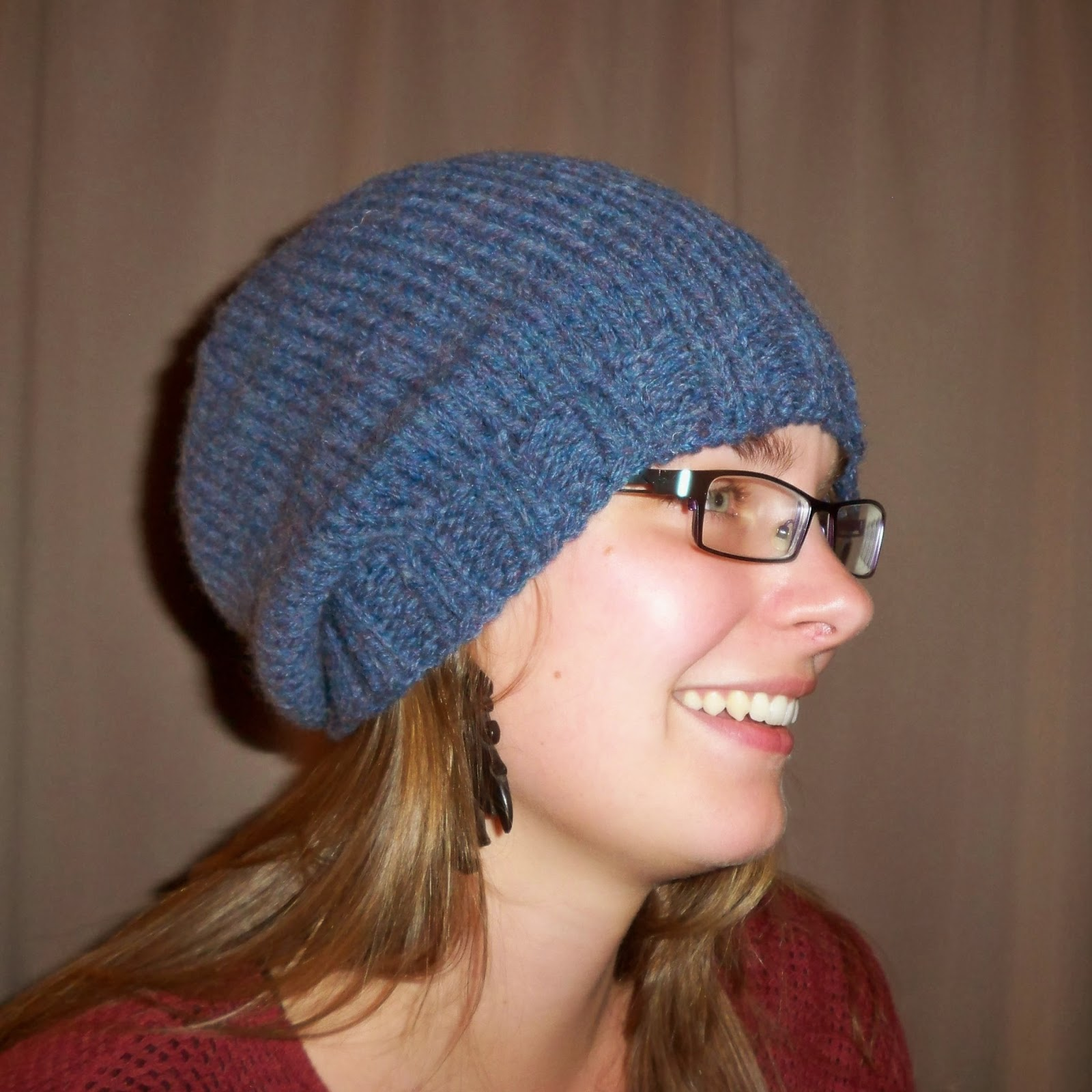 Nali\'s Notions and Mountain Treasures: Basic Knit Slouchy Hat Pattern