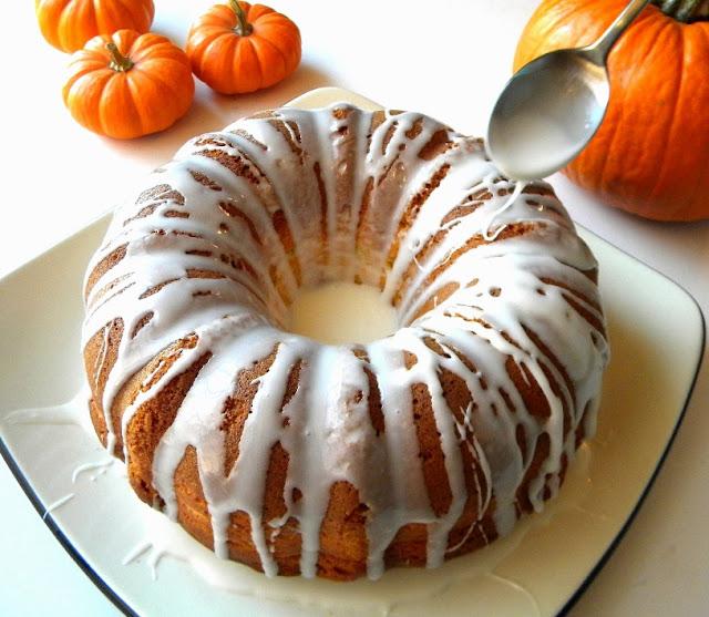 ... convert an ordinary cake mix into a stunning pumpkin-maple Bundt cake