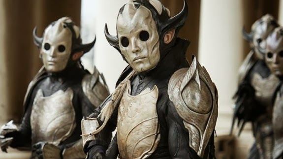 Thor The Dark World Dark Elf soldiers that look like teletubbies