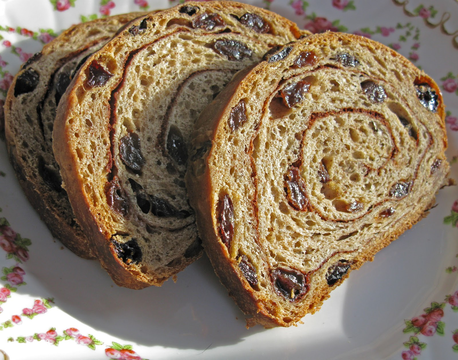 Food for A Hungry Soul: Cinnamon-Swirl Raisin Bread