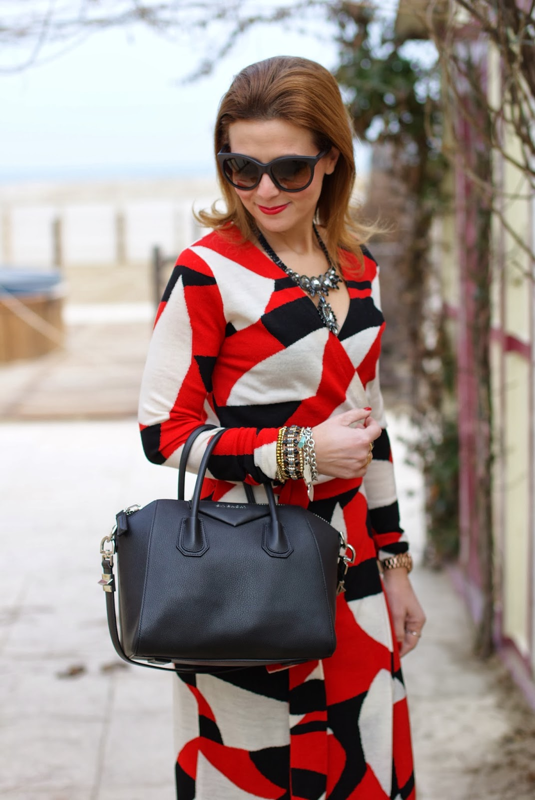 Diane Von Furstenberg wrap dress, wrap dress, Givenchy Antigona bag, Fashion and Cookies, fashion blogger