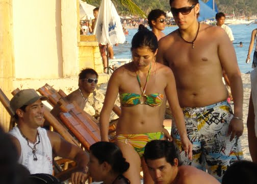 anne curtis candid bikini photo 02