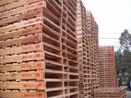 Pallet nhập khẩu sẽ ảnh hưởng bởi giá vàng xuống đáy