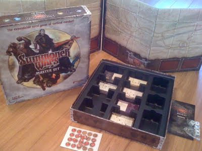 Summoner Wars Master Set whats in the box