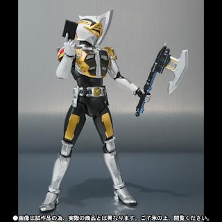 Bandai SH Figuarts Kamen Rider Den-O Axe Form figure
