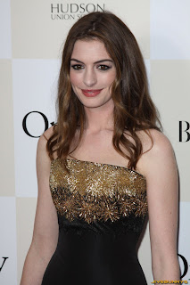 Anne Hathaway Wiki and Pics