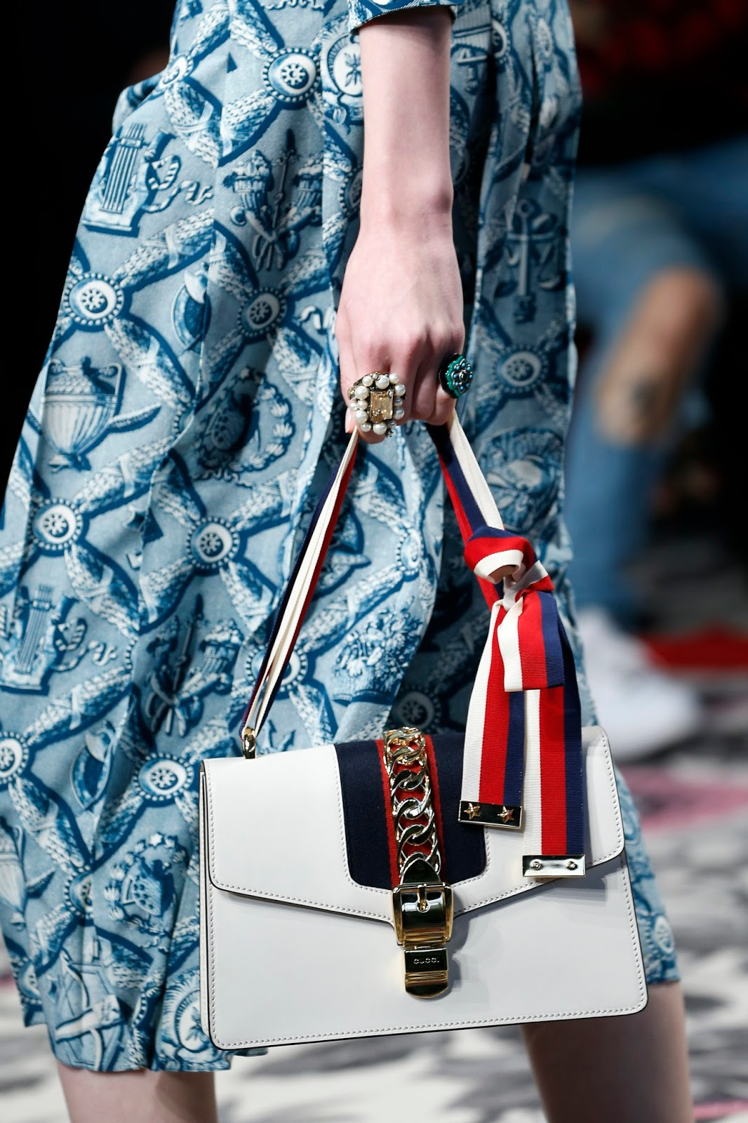 Spring/Summer 2016 trend report /Gucci SS16 / ribbons & bows via www.fashionedbylove.co.uk