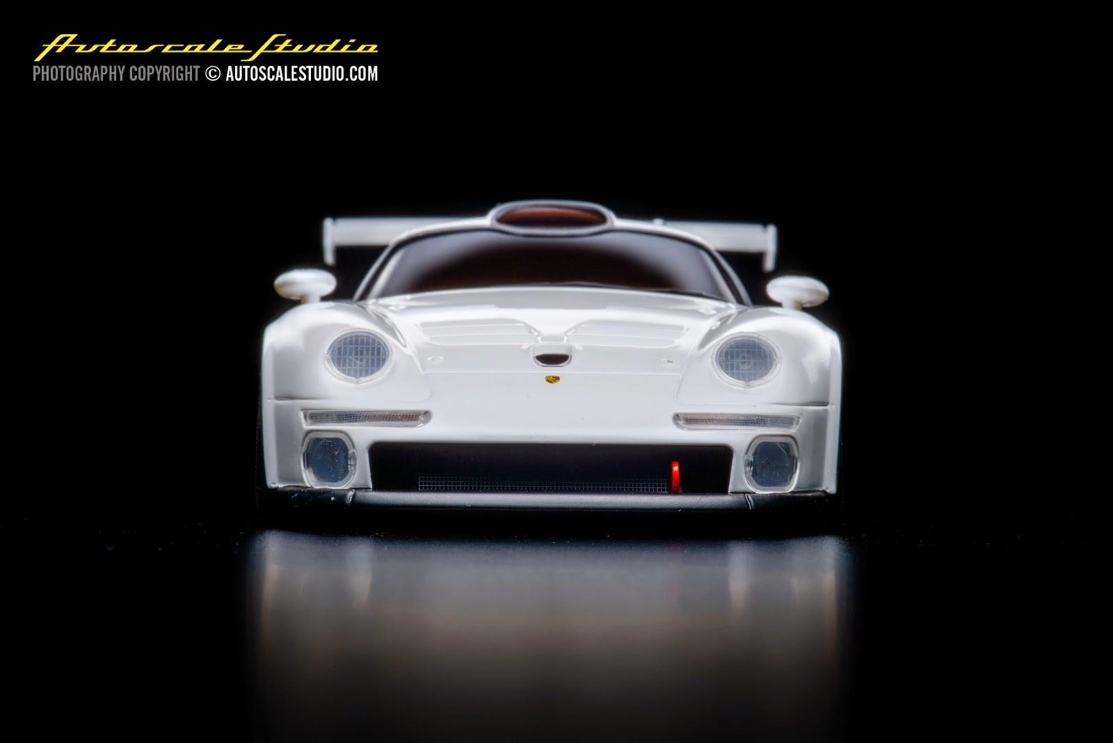 mzp330w porsche 911 gt1 white autoscale studio. Black Bedroom Furniture Sets. Home Design Ideas
