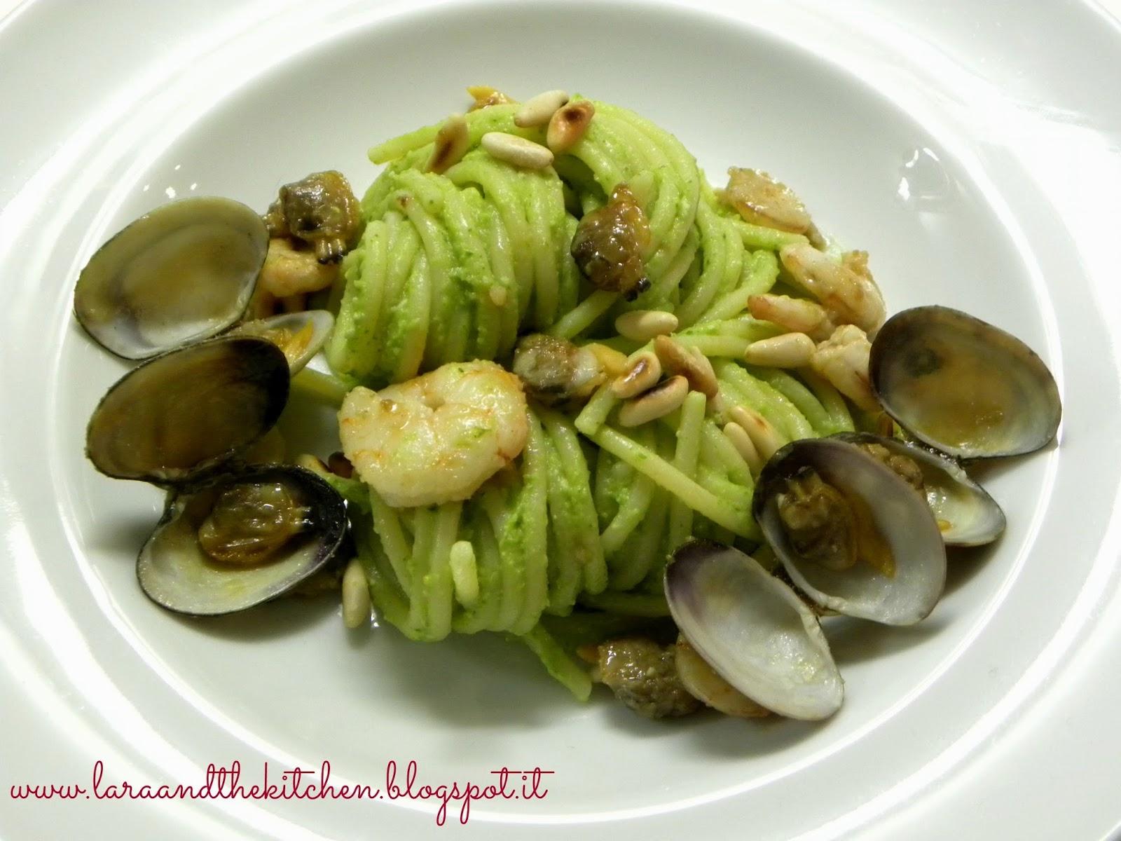 spaghetti al pesto di broccolata e vongole